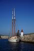 Barco Cala Millor junto al faro de Ibiza (Hoffed) Tags: de faro puerto barco ibiza eivissa aire bruno navegar libre cala velero millor amarrado rauhofer hoffed