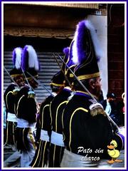 La pasion de los plumeros (patosincharco) Tags: desfile plumeros