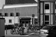 Central Station Brunswick - Hauptbahnhof Braunschweig (FliX1980) Tags: blackandwhite station bahnhof brunswick railwaystation hauptbahnhof gebude centralstation braunschweig railroadstation schwarzweis