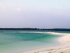 Ohoiew Island - North Moluccas, Indonesia.                                               Nov 13rd, 2015 (widisoetardjo61) Tags: blue sea beach indonesia laut maluku pantai moluccas northmoluccas malukuutara wonderfulindonesia pulaukeikecil keikecilisland ohoiewisland
