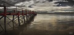Embarcadero/ Pier (Jose Antonio. 62) Tags: sea espaa water beautiful clouds photography pier mar spain agua nubes embarcadero cantabria somo