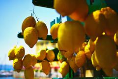 Sirmione, Lago di Garda, Italia (paulengel20) Tags: light summer italy color fruit lemon nikon italia bokeh sirmione gardalake lagodigarda d7100