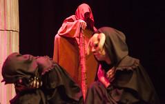 Coro e xuz ao fondo (DivesGallaecia) Tags: teatro tragedy esquilo tragedia aeschylus eumenides eumnides traxedia seecgalicia erinias