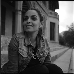 ... (imanol6x6) Tags: street portrait blackandwhite bw 120 6x6 film eh rolleiflex mediumformat kodak trix 400 mf nophotoshop sansebastian f28 donostia trl 500x500
