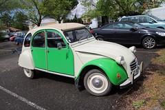 2CV (xwattez) Tags: old france car french automobile citroen citron voiture 2cv transports gaillac ancienne 2016 franaise vhicule autortro boursedchanges