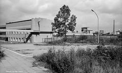 Ruhrgebietstrassen (5) (Maurits van den Toorn) Tags: industry blackwhite essen schwarzweiss industrie ruhrgebiet kray