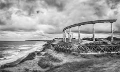 Paisaje B&N (dagostino.gabriel) Tags: blancoynegro argentina mar agua nikon sigma arena cielo panoramica nubes 1750 mardelplata d90