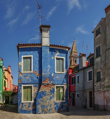 Not the best kept house in Burano (Doctor Syntax) Tags: venice burano