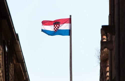 9_146-croatian-flag
