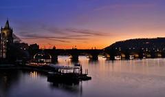 Praha - Karlv most (Honza Janda) Tags: bridge sunset river sundown prague charles praha most vltava hdr karlv eka slunce prah zpad pamtky pamtka slunka