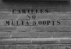 Multa 500 pts (Landahlauts) Tags: sevilla seville andalucia andalusia andalusien sville andalousie andalusie siviglia  andaluzia andaluzja sewilla andaluzio    endls      endulus letreroscuriosos        andalouzia andalusiya   ishbiliya fujifilmxpro1 fujifilmfujinonxf18mmf2  capitaldeandalucia