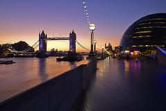 Buongiorno! / Have a nice day! (Tower Bridge, London, United Kingdom) (AndreaPucci) Tags: uk bridge london tower thames sunrise canoneos60 andreapucci