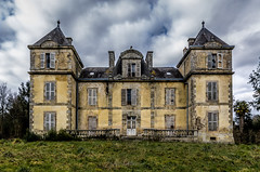 Yellow castle (ForgottenMelodies) Tags: urbex urban exploration castle old lost decay derelict forgotten architecture building indoor france pentax manor house church chapel light swimming pool europe abandoned abandonné k3 oublié nicolasauvinet
