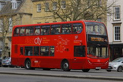 HF12 OXF, St Giles, Oxford, March 21st 2015 (Suburban_Jogger) Tags: bus oxford electricity stgiles 219 route2 oxfordbuscompany enviro400 hf10oxf
