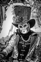 Parade vénitienne Riquewihr 2015-3339 (yvesw_photographies) Tags: costumes france mask parade alsace masque masques costumi masken riquewihr hautrhin masqué costumé flânerie costumés