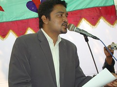 Sufi Faruq Ibne Abubakar addressing Students