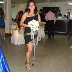 amp-1110 (vsmrn) Tags: woman crutches amputee onelegged