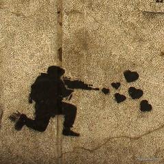 Peace Soldier I (Landahlauts) Tags: soldier graffiti andaluca stencil peace grafiti paz andalucia urbanart granada andalusia andalusien soldado andalousie andalusie andaluz arteurbano andaluzia estarcido    andaluzja  andaluzio                   canonpowershotg11  andalouzia andalusiya     plazadelapescaderia