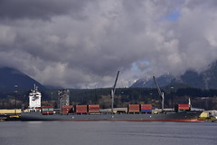 Westwood Robson (D70) Tags: snow mountains vancouver radio t coast major ship extreme north x cargo container di type length liberia 2008 costruzione hazard deadweight lr imo ais overall anno bandiera  30m breadth a mmsi 34330 lynnterm stazza lorda identificativo 26435 209m 9383235 636017154 a8pd8