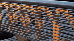 artistieke foto van bankje op de boulevard in Vlissingen (Omroep Zeeland) Tags: zon bankje artistiek