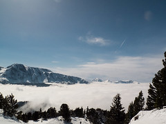 haze is coming (vincentlh) Tags: ski chamrousse