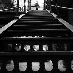 Prosn Chathair Chorca (Rhisiart Hincks) Tags: ireland blackandwhite bw blancoynegro stairs steps escalier diri blancinegre iwerddon blancetnoir grisiau carchar ire duagwyn czarnobiae irsko zuribeltz eirinn feketefehr dubhagusbn gwennhadu siyahvebeyaz iwerzhon staer   juodairbalta schwarzundweis   toullbach ernabl skaliero mustajavalkoinen  crnoibelo iwerdhon melnsunbalts bis negruialb dubhagusgeal  rnoinbelo zwartenwit