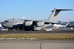 USAF - Boeing C-17A - 07-7183 (yak_40) Tags: globemaster usaf usairforce zrh c17a globemasteriii 077183 wef2016