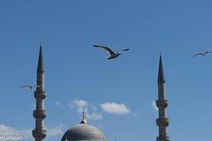 Eminn, stanbul (m.atacan) Tags: city travel blue sky clouds minaret istanbul mosque