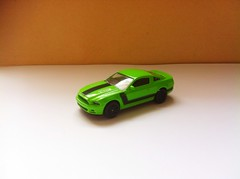 Ford Mustang Boss 302 2013 (Die Cast Collector 1-64) Tags: chile china boss detalle detail green ford scale project toys model wheels 124 hotwheels 164 customized autos mustang majorette custom 13 matchbox 302 172 proyecto 143 coleccion diecast tomica maisto escala burago personalizado bburago cararama motormax realtoy 2013 hongwell zylmex rastar guisval