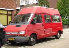 1995 Renault Trafic 2.2 T2BE Microbus (rvandermaar) Tags: 22 renault 1995 microbus trafic renaulttrafic sidecode5 t2be llhz35