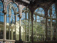 Palacio de Cristal 2 (real ramona) Tags: madrid park light reflection building window glass architecture bright arches palace