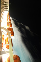 Slow motion (ruijose68) Tags: cruise light water night dark ship lightanddark slowmotion