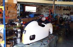 Dieter legt bei der Optimierung seines DF selber Hand an (albularider) Tags: df dieter velomobil intercitybike