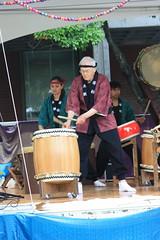 IMG_1675_Davis Taiko Dan (sdttds) Tags: students hippies livemusic free quad wef ucdavis taikodrummers wholeearthfestival musicandartfestival davistaikodan