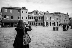 Miss You , Burano (Hen) Tags: light sky people italy cloud white black building island nikon afternoon lily d750   burano