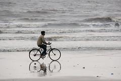 beach ride (felipeepu) Tags: boy sea mer india beach strand fun freedom eau meer wasser liberté indie plage indien fahrrad vélo junge garçon wather freude freiheit