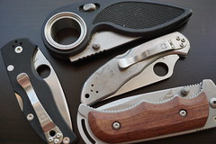 Four Choices (Let Ideas Compete) Tags: knife folded knives folding gerber spyderco pocketknife pocketknives