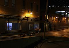 En attendant Bárðarbunga / Waiting for Bárðarbunga (fquevillon) Tags: window iceland device projection sherbrooke installation data sensor vitrine islande dispositif bárðarbunga sporobole