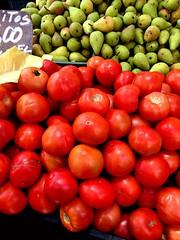 La feria (Hanstoled) Tags: chile red verde green nature frutas rojo feria colores iphone