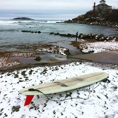 I don't always ride in the snow, but when I do it's in a 777. @tylersurfboards #wintersurf (hye tyde) Tags: square massachusetts newengland squareformat juno eastcoast surfung wintersurfing iphoneography instagramapp uploaded:by=instagram