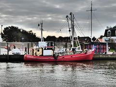 NEU 233 - Jan van Gent (Oli-unterwegs) Tags: boot wasser ship jan van nordsee gent schiff neu neuharlingersiel einkaufen norddeutschland 233 fischerboot krabbenfischer fischfangboot neu233