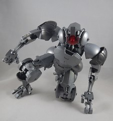 Three-point landing (donuts_ftw) Tags: silver lego bionicle mecha droid assassin moc constraction ccbs