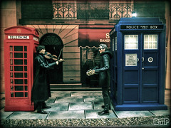 Jam Session (Rooners Toy Photography) Tags: toys guitar who violin doctorwho bbc scifi sciencefiction tardis figures phonebox sherlock benedictcumberbatch characteroptions petercapaldi 12thdoctor rooners rtpinstagram
