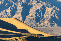 Mesquite Flat Sand Dunes (C McCann) Tags: california park winter light sunset mountains america landscape golden nationalpark sand shadows unitedstates desert angle dunes angles mesquite hour deathvalley february mesquiteflatsanddunes