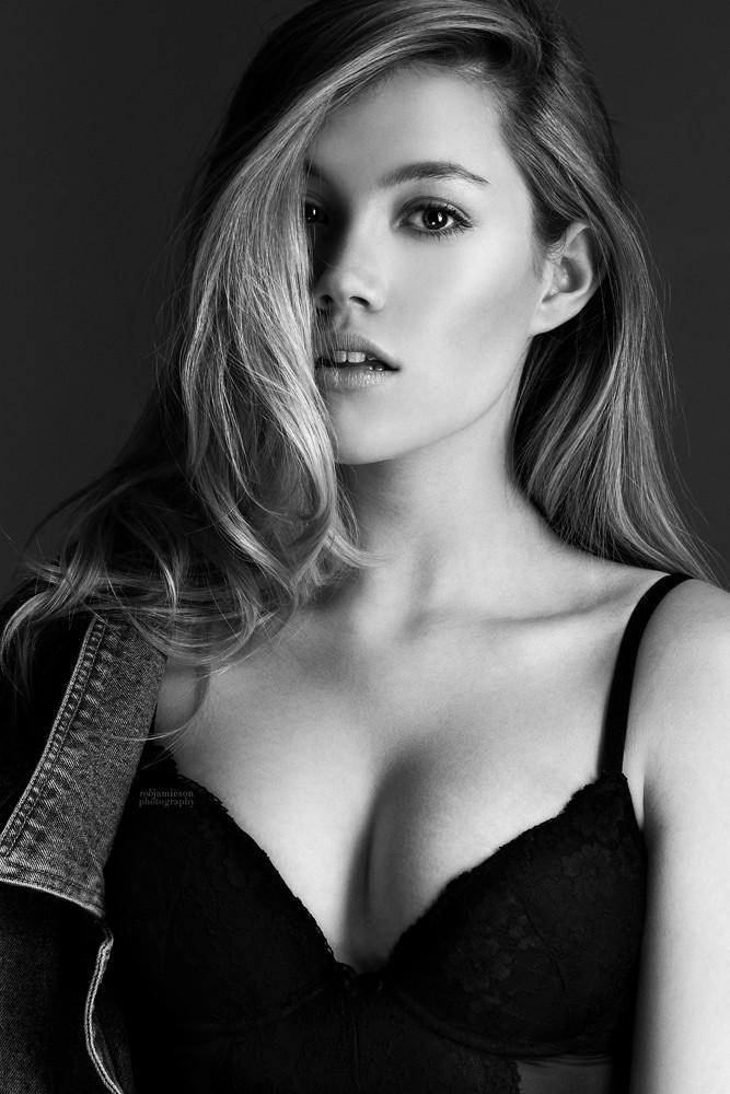 Jane Scarlett