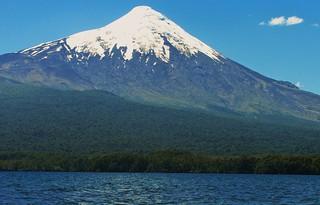 Volcan osorno,lago llanquihue,sur Chile