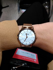 Watch Me [2] (M!rage008) Tags: white classic rose mobile vintage gold office big slim mesh watch dial professional suit simplicity strap pearl wristwatch thin simple classy rosegold minimilism mobilephotography lorus mirage008