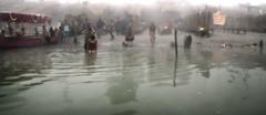 Pilgrimage to Ayodhya (David Clay Photography) Tags: morning india foggy bathing hindu pilgrimage pilgrims ramayana sarayu ayodhya davidclay davidclayphotography
