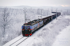 Venerable Dm3 returning with empty ore (Beyond Trains) Tags: winter snow norway sweden empty arctic kiruna narvik arcticcircle ironore lkab 1209 dm3 extremeterrain electrictraction dm31209