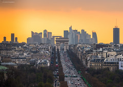 Paris (Julianoz Photographies) Tags: paris france monument buildings europe capitale 75 arcdetriomphe 92 ladéfense grandearche traficlight hautdeseine tourfirst nikond610 julianozphotographies